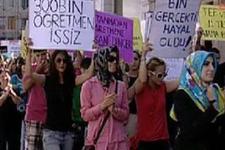 Atanamayan öğretmenler Taksim'i inletti