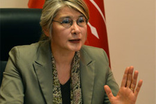 CHP'li Tarhan'dan partisine sert eleştiri