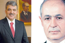 Ahmet Necdet Sezer Gül'e fark attı