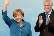 Almanya'da ilk raund Merkel'in