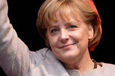 Angela Merkel'i zorlayan cemaat sorusu