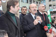 Adaylığını açıklayan Bekaroğlu'na şok tepki