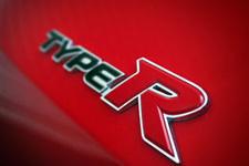 Honda Civic Type R Cenevre'yi salladı