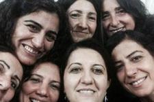 BDP'li kadınlardan KCK selfiesi