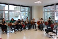 Ferhatpaşa Gençlik Merkezi'nde Gençler Geleceğe Umutla Bakıyor...