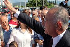 AK Parti'den Ekmeleddin İhsanoğlu'na teklif