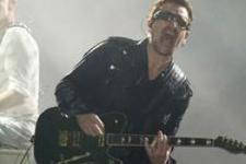 Kolunu kıran Bono: Bir daha gitar çalamayabilirim