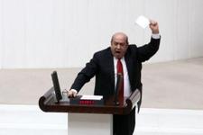 Meclis'te bu kez de mikrofon kırıldı