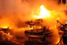 Kadıköyde 34 araç yaktılar