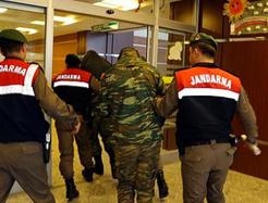 AP'den Yunan askerler için Türkiye'ye skandal çağrı!