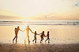 Her kardeş aynı anne babadan olmaz…