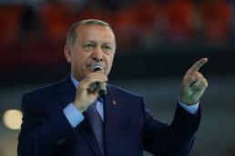 AK Parti bu 'fırıldaklar'a nasıl tahammül ediyor?