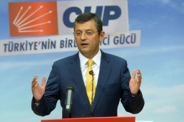 Soylu, CHP'nin Özel'i ve Cüneyt Özdemir'in kahkahası!