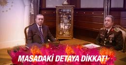 Erdoğan'ın masasındaki detaya dikkat!