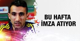 Mehmet Topal imza atıyor