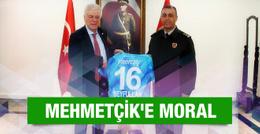 Bursaspor Mehmetçik'e forma jesti yaptı