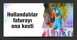 Hollanda basını faturayı Dirk Kuyt'a kesti