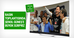 Futbolculardan Şenol Güneş'e basın toplantısında büyük sürpriz