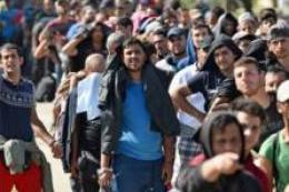 Dinini değiştiren mültecilere oturma izni