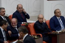 Devlet Bahçeli'nin yanında Kürkçü, karşısında Türkeş olunca...