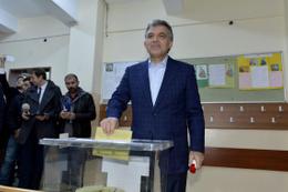 Abdullah Gül'den AK Parti'ye 1 Kasım mesajı