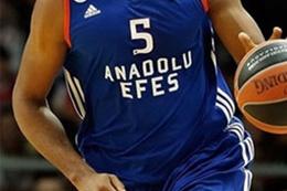 Anadolu Efes son şampiyona karşı