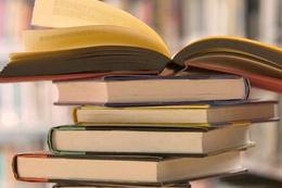 Bu kütüphaneye bir kitap da siz koyun!