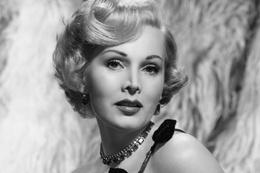 Hollywood'un efsanevi oyuncusu öldü