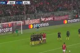 Lewandowski attığı golle kaleciyi içeri soktu
