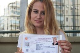 KPSS'de sarı saç krizi yaşayan öğretmen adayı atandı!