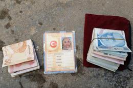 Asker ve polisin Sur'da bulduğu paralar