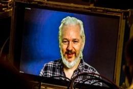 Julian Assange teslim mi olacak?