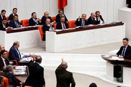 Efkan Ala söyledi CHP'li Gök çıldırdı Meclis karıştı
