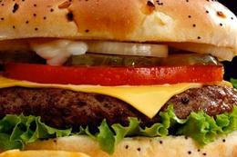 Bir hamburger için 4 saat çalışmak gerekiyor