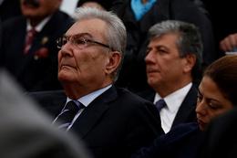Deniz Baykal'dan Ahmet Hakan'a rest AK Parti'ye...