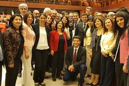 HDP'li milletvekillerinden Meclis'te dokunulmazlık fotoğrafı!