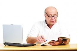 Memurların borçlanarak emekliğinde altı ay engeli