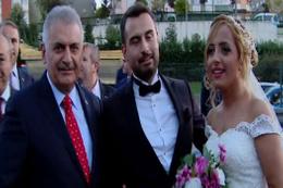 Başbakan Yıldırım'dan düğün konvoyuna sürpriz!