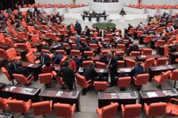 Anayasa görüşmeleri AK Parti ile MHP arasında gerginlik!