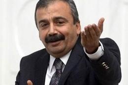 Sırrı Süreyya'dan olay baraj açıklaması!