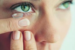 Kontak lens mi gözlük mü hangisi faydalı?