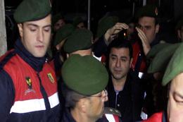 Demirtaş'ın sağlık durumu nasıl  hastaneden açıklama