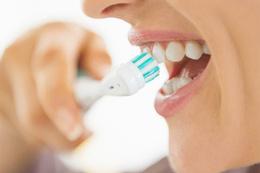 Diş fırçalamak orucu bozar mı Diyanet cevapladı