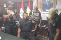 Irak birlikleri kaçan valinin koltuğuna oturdu