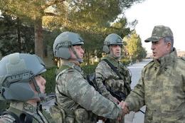 Genelkurmay Başkanı Suriye sınırında
