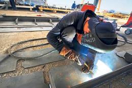 Taşeron işçiler kadroya geçerken özel sözleşme imzalayacak