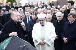 Sevenleri İTO Başkanı İbrahim Çağlar'ı son yolculuğunda yalnız bırakmadı