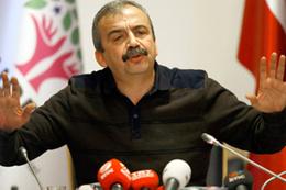 Bu da Sırrı Süreyya Önder'in referandum anketi sonucu