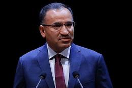 Bakan Bozdağ'dan referandum tweetleri