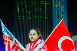 AK Parti'den lazerli